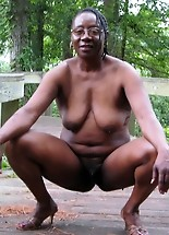 Amateur photos of black moms